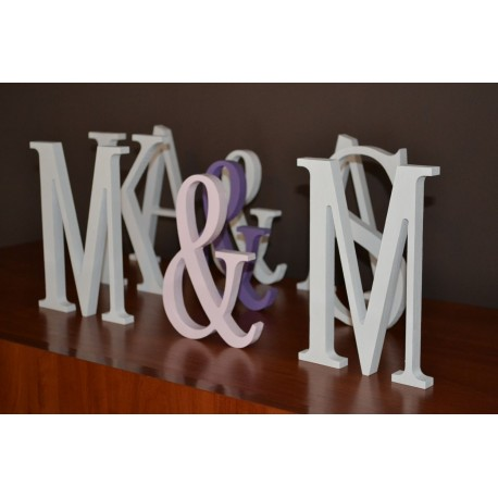 Drewniane litery stojące inicjały na ślub