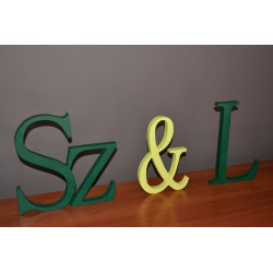 Drewniane litery stojące na ślub wesele